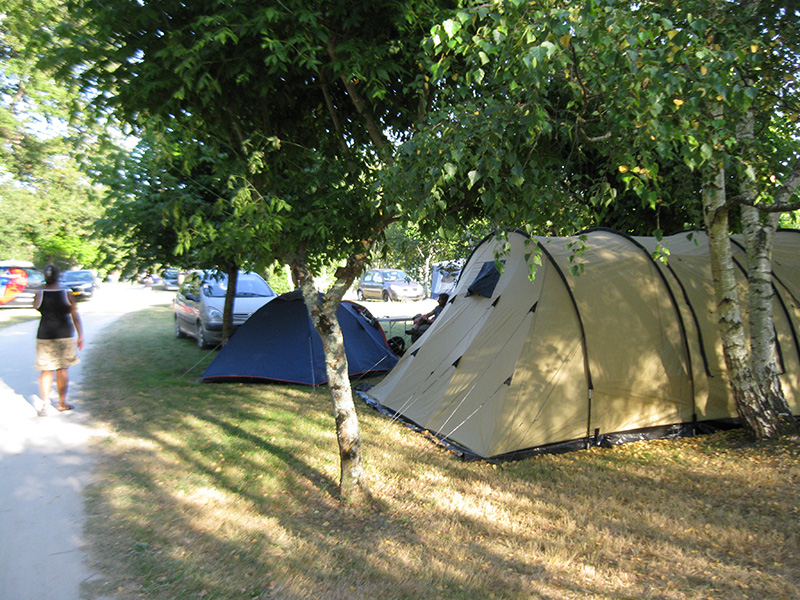 camping-les-franquettes-location-mobil-home-gironde-pres-de-soulac-sur-mer-Emplacements-photo4.jpg